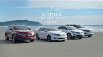 Lincoln Summer Invitation Sales Event TV Spot, 'Scarf' - 991 commercial airings