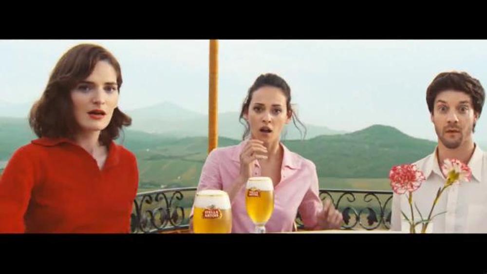Stella Artois TV Commercial, 'Host Beautifully: Balloon'