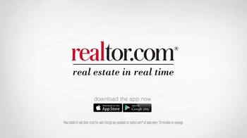 Realtor.com TV Spot, 'FOMOHD' Featuring Elizabeth Banks - Thumbnail 6