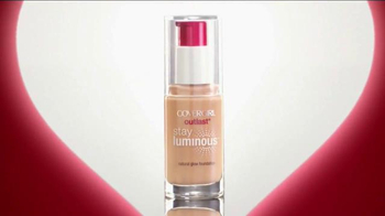 CoverGirl Stay Luminous Makeup TV Spot, 'Natural Glow' Feat. Sofia Vergara - Thumbnail 3