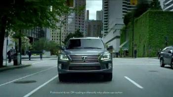 Lexus Golden Opportunity Sales Event TV Spot, 'Venture Further' - Thumbnail 4
