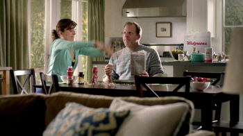 Walgreens TV Spot, 'Corner of Good Intentions and Powdered Donuts' - Thumbnail 7