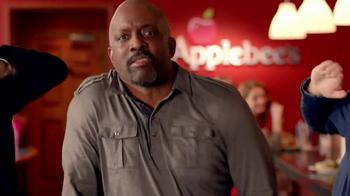 Applebee's Under 550 Calorie Entrees TV Spot, 'Flash Mob' - Thumbnail 6