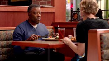 Applebee's Under 550 Calorie Entrees TV Spot, 'Flash Mob' - Thumbnail 7