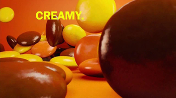 Reese's Pieces TV Spot, 'The Big Peanut Butter Taste' - Thumbnail 7