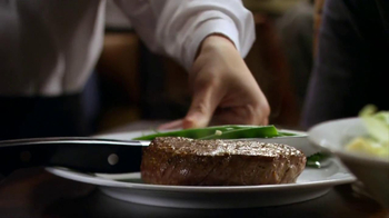 Longhorn Steakhouse Flavorful Under 500 TV Spot - Thumbnail 3