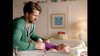 Huggies Natural Care Wipes TV Spot, 'Triple Clean' - Thumbnail 10