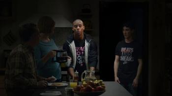 Foot Locker TV Spot, 'Bad Acting: Sweater' Featuring Victor Cruz - Thumbnail 7