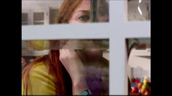 La-Z-Boy Year End Sale TV Spot, 'Spying' Featuring Brooke Shields - Thumbnail 5