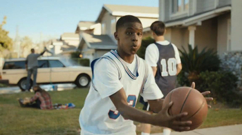 State Farm TV Spot, 'Born to Assist' Featuring Chris Paul - Thumbnail 5