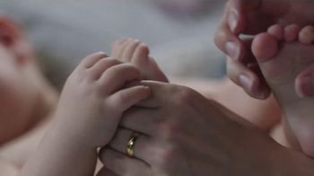 Johnson's Baby Lotion TV Spot, 'Mom Thing' - Thumbnail 6
