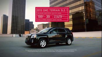 2013 GMC Terrain SLE-1 TV Spot, 'Feature Comparisons' - Thumbnail 8