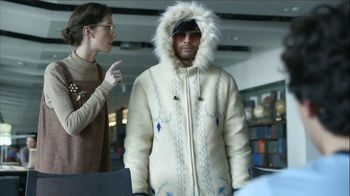 Halls TV Spot, 'Librarian Hush'