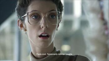 Halls TV Spot, 'Librarian Hush' - Thumbnail 6