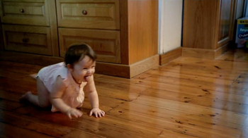 Pampers Cruisers TV Spot, 'Crawling' - Thumbnail 1