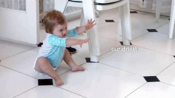 Pampers Cruisers TV Spot, 'Crawling' - Thumbnail 4