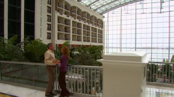 Gaylord Hotels TV Spot, 'Romantic Weekend' - Thumbnail 4