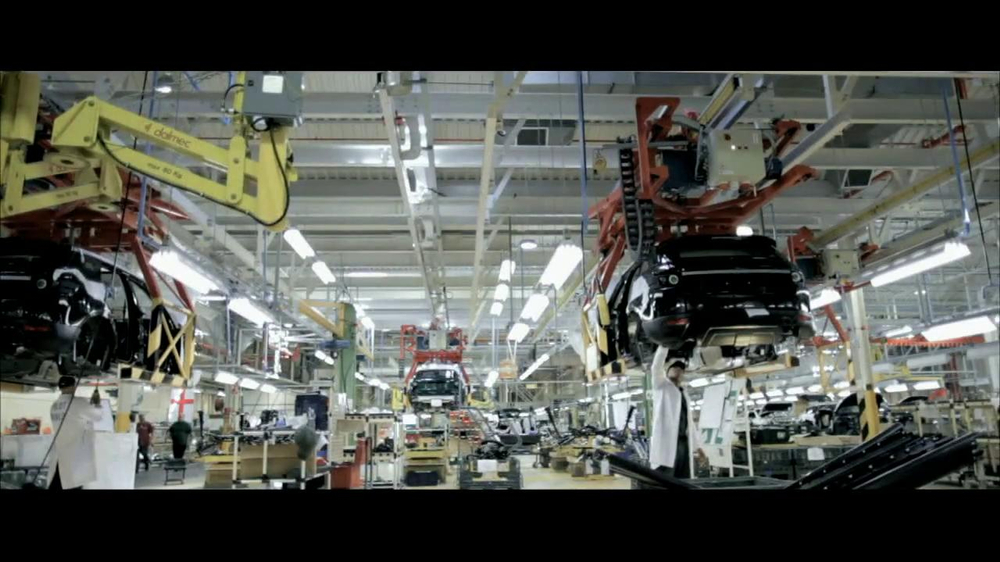 2013 Land Rover Evoque TV Commercial, 'Something Remarkable'