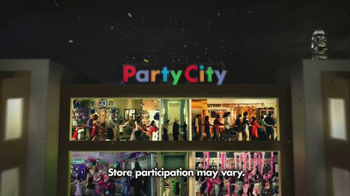 Party City TV Spot, 'New Year's Party ' - Thumbnail 9
