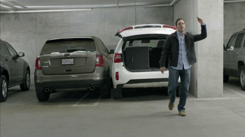 2014 Kia Sorento TV Spot, 'Parking Spot: Like a Glove' Song by Bobby Day - Thumbnail 9