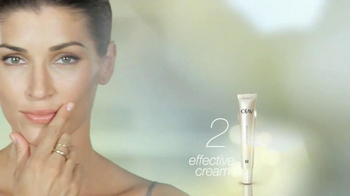 Olay Smooth Finish TV Spot  - Thumbnail 6