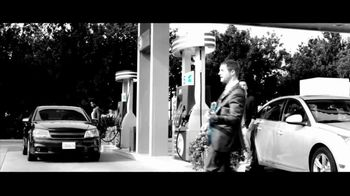 Chase Freedom TV Spot, '5% Back on Gas' Original Song by Kenny Loggins - Thumbnail 4