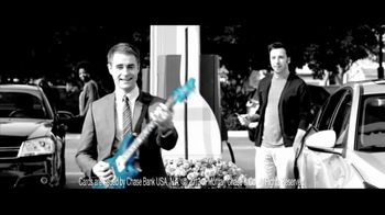 Chase Freedom TV Spot, '5% Back on Gas' Original Song by Kenny Loggins - Thumbnail 5
