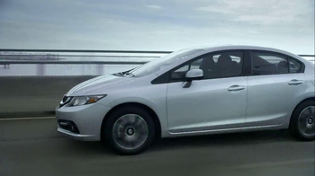2013 Honda Civic TV Spot, 'Things Can Always Be Better' Song by Santigold - Thumbnail 9