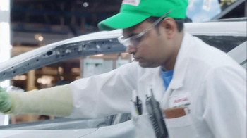 2013 Honda Civic TV Spot, 'Things Can Always Be Better' Song by Santigold - Thumbnail 6