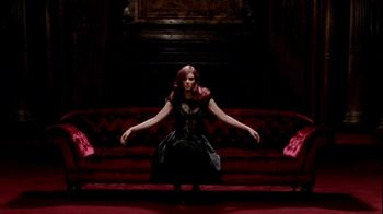 L'Oreal Superior Preference Paris Couture TV Spot, 'Just In'