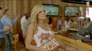 Hooters To-Go TV Spot, 'Best Place to Watch the Game'