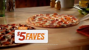 Papa Murphy's  Pizza $5 Faves TV Spot, 'A Little Hot, A Little Cold' - Thumbnail 7