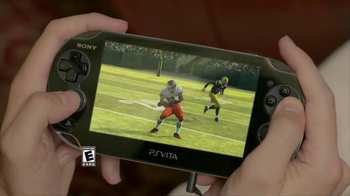 PlayStation Vita Madden NFL 13 TV Spot, 'Peacocking' - Thumbnail 10