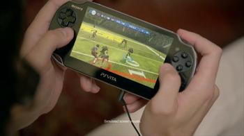 PlayStation Vita Madden NFL 13 TV Spot, 'Peacocking' - Thumbnail 3