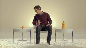 Minute Maid Pure Squeezed TV Spot, 'Role Reversal' Featuring Ty Burrell  - Thumbnail 3