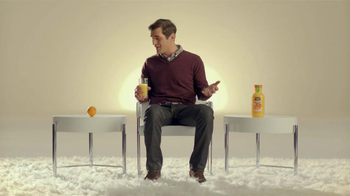 Minute Maid Pure Squeezed TV Spot, 'Role Reversal' Featuring Ty Burrell  - Thumbnail 4
