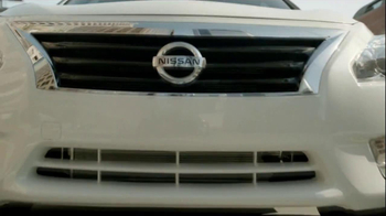 2013 Nissan Altima TV Spot, 'To Argue Would Be Rude' - Thumbnail 3
