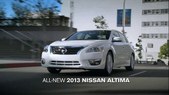 2013 Nissan Altima TV Spot, 'To Argue Would Be Rude' - Thumbnail 4