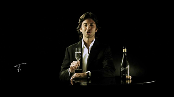 Zonin Prosecco TV Spot Featuring Francesco Zonin - Thumbnail 9