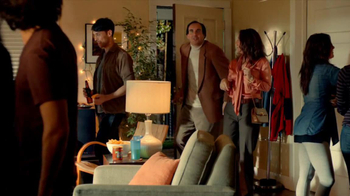 Tostitos Cantina Chips TV Spot, 'Uninvited Guests' - Thumbnail 3