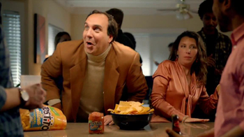 Tostitos Cantina Chips TV Spot, 'Uninvited Guests' - Thumbnail 4