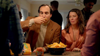 Tostitos Cantina Chips TV Spot, 'Uninvited Guests' - Thumbnail 6