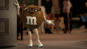 M&M's TV Spot, 'Grab a Bite' - Thumbnail 5