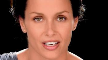 Garnier Ultra-Lift Moisturizer TV Spot, 'Finally' Feat. Bridget Moynahan - Thumbnail 5