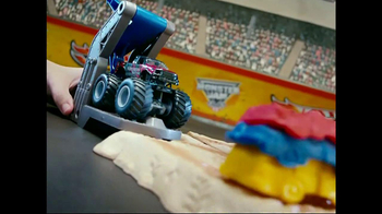 Hot Wheels Monster Jam Triple Blast Arena  TV Spot  - Thumbnail 5