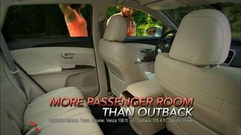 2013 AWD Toyota Venza TV Spot, 'Scenic Trail' - Thumbnail 6