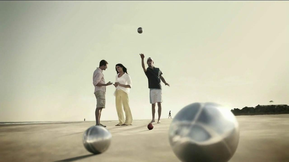 Hilton HHonors TV Commercial, 'Weekend Stays'
