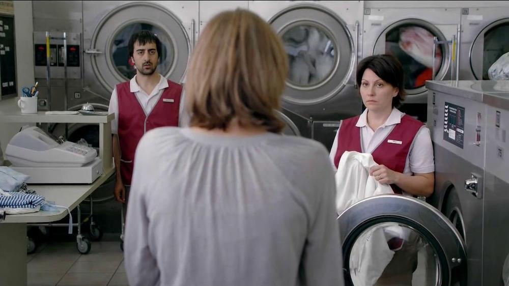 Febreze TV Commercial, 'Laundromat'