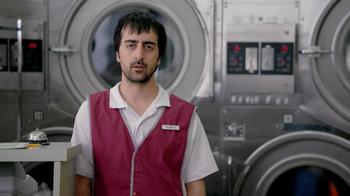 Febreze TV Spot, 'Laundromat' - Thumbnail 3