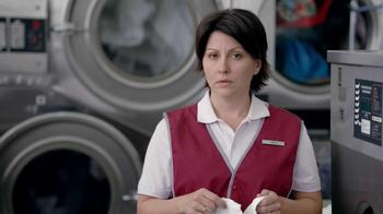 Febreze TV Spot, 'Laundromat' - Thumbnail 4